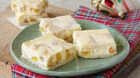 Rum Raisin Cheesecake Bars