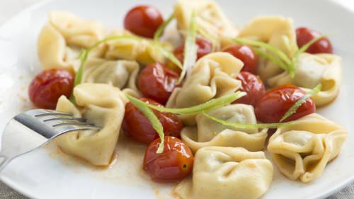 Tortellini with Cherry Tomatoes image