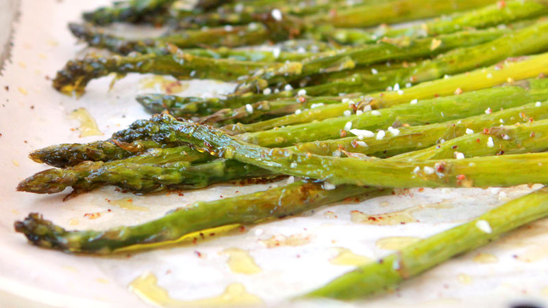 3-Step Lemon-Pepper Asparagus