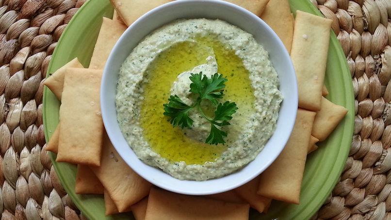 Homemade Cilantro Hummus
