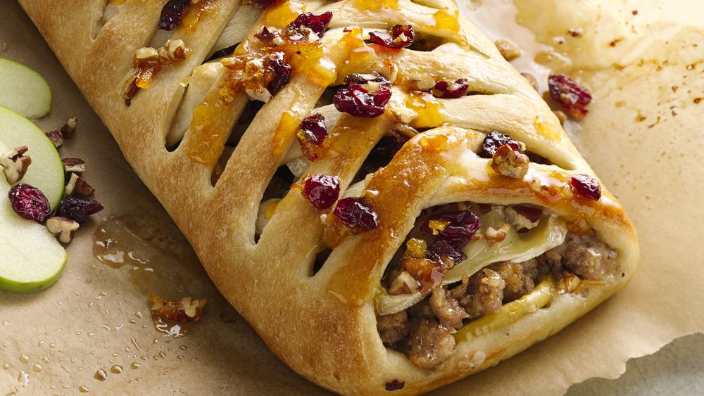 Sausage Apple and Brie Stromboli