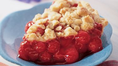 Almond Crumble Cherry Pie