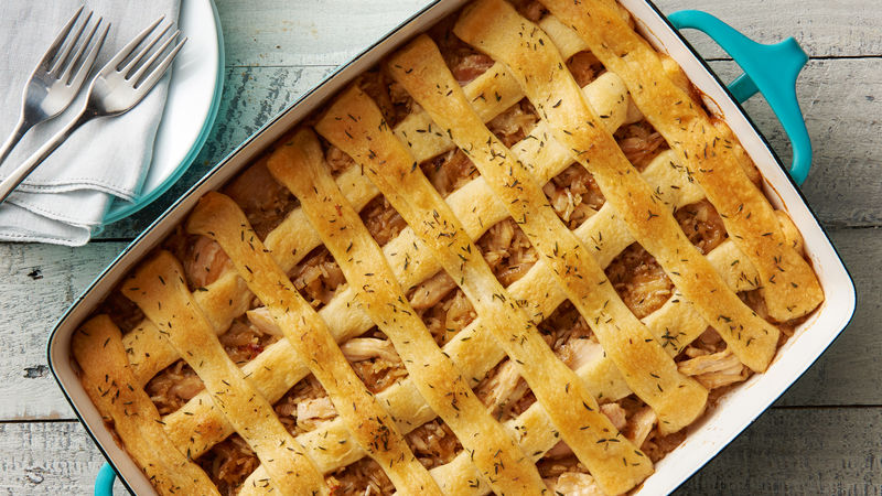 Lattice-Topped French Onion and Chicken Rice Bake