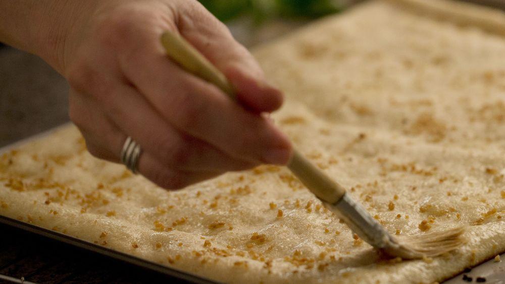 Garlic Butter Pizza Crust