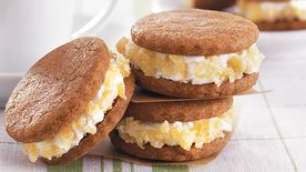 Gingersnap Cream Sandwiches