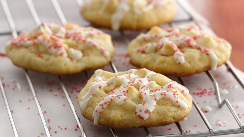 Holiday White Chocolate Macaroon Cookies
