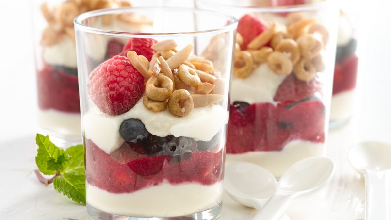 Parfait de Ricotta y Berries con Cheerios