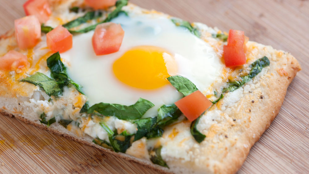 Egg and Spinach Pizza