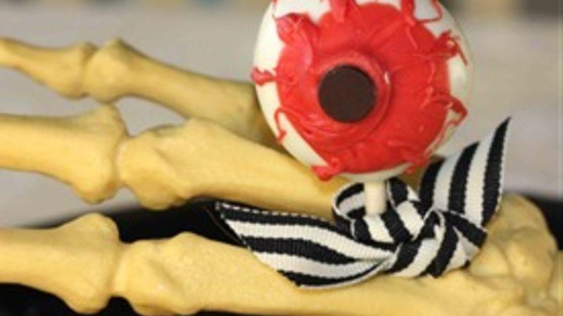 Spooky Eyeball Truffles