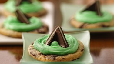 Mint Candy-Filled Cookies