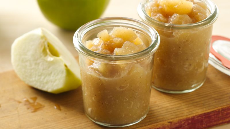 Quick Microwaved Honeyed Applesauce