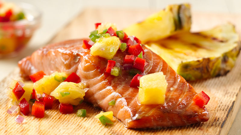 Grilled Smoked Salmon with Pineapple Sauce
