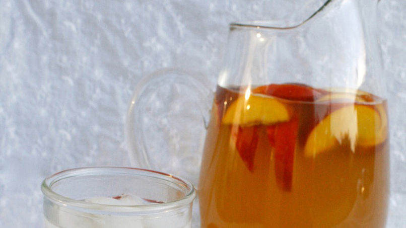 Peach Ginger Iced Tea
