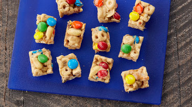 Monster Cookie Snack Bites