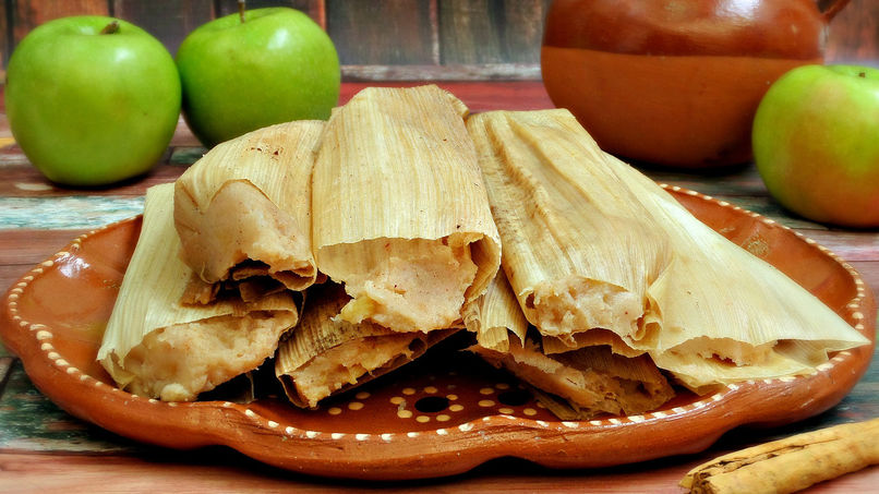 Apple Tamales with Cinnamon