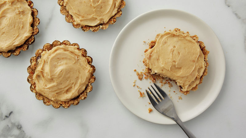 Peanut Butter Pies with Chocolate-Pretzel Crust