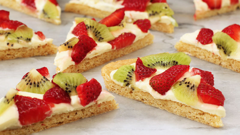 Strawberry Kiwi Fruit Pizza