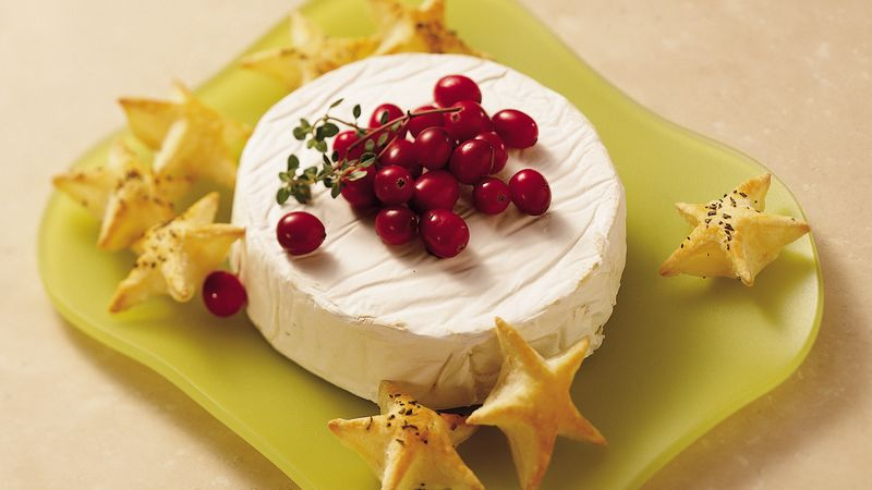 Puff Pastry Wreath with Brie