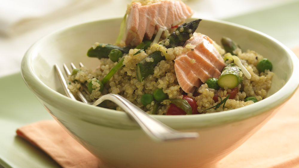 Quinoa Pilaf with Salmon and Asparagus