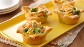 Chicken Pot Pie Crescent Cups