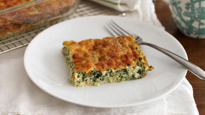 Cheesy Spinach-Artichoke Egg Bake