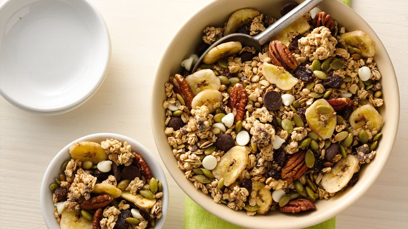 Oats and Dark Chocolate Granola-Pepita Trail Mix