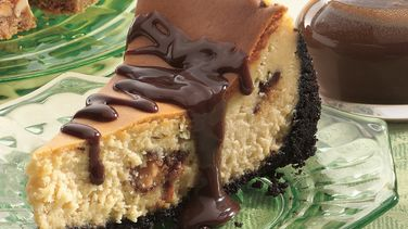 Chocolate Candy Bar Cheesecake