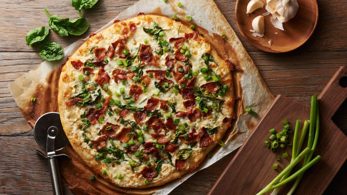 Pizza Alfredo au bacon