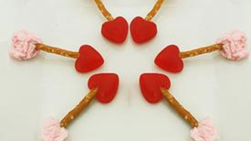 Cupid's Arrow Pretzel Sticks