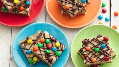 peanut butter chocolate chip cookie bars - Pillsbury Dough Boy Halloween Cookies