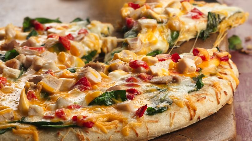 Double-Cheese, Spinach and Chicken Pizza