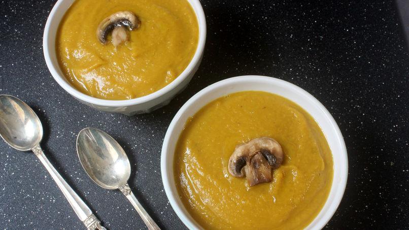 Sopa de champiñones y calabaza
