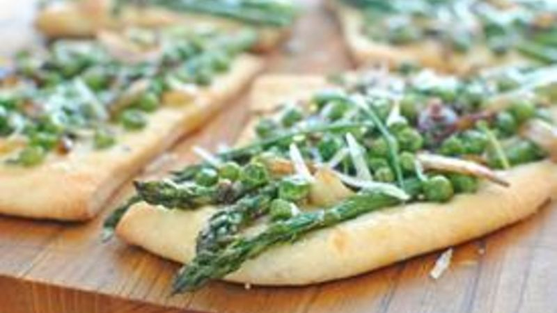 Rustic Spring Pizzettes