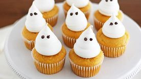 Boozy Pumpkin Cupcakes with Meringue Ghosts