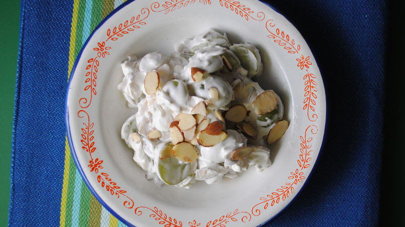 Marshmallow Fluff Grape Salad with Almonds