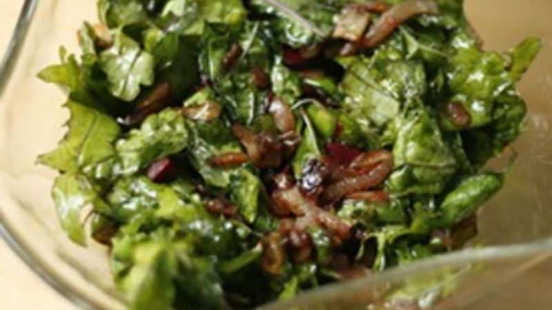 Caramelized Onion and Kale Salad