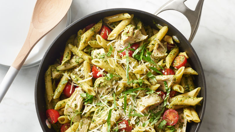 Pesto Pasta With Chicken And Tomatoes Recipe Bettycrocker Com