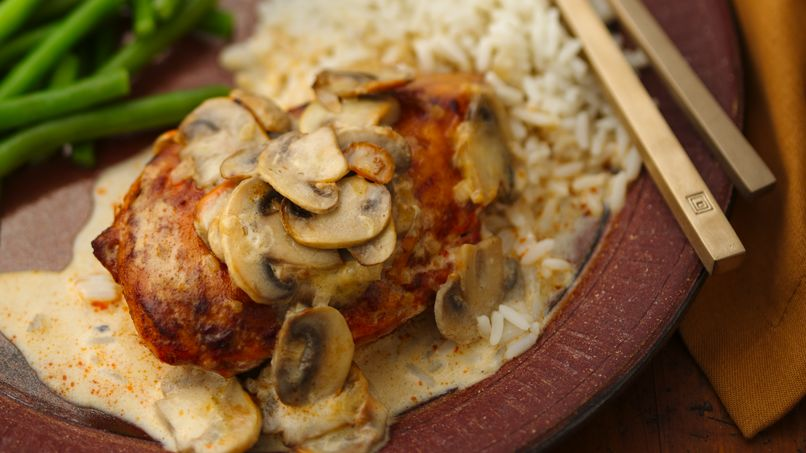 Chicken Breasts in Wine Sauce