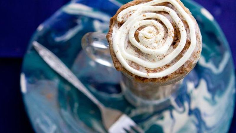 Microwave Cinnamon Roll Mug Cake