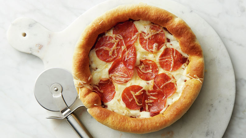 Air Fryer Deep-Dish Pepperoni Pizza