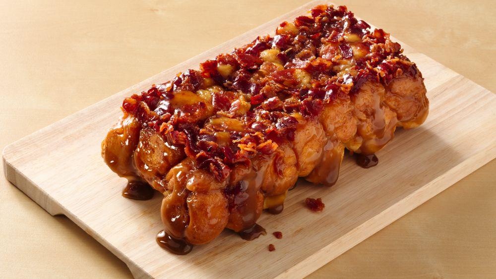 Maple Bacon Monkey Bread (Crowd Size)