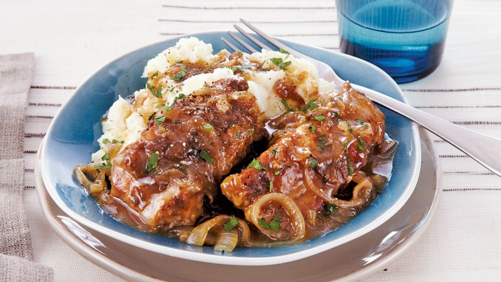 Slow-Cooker Country-Style Pork and Onions