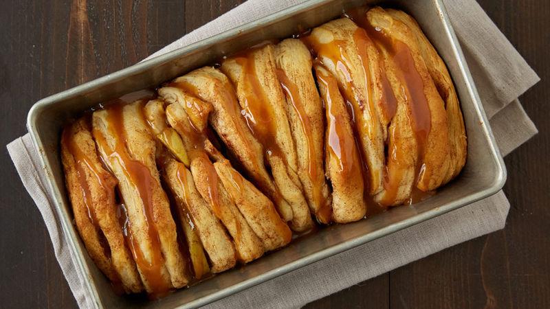 Apple Pie Pull-Apart Bread