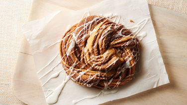Cinnamon-Sugar Crescent Twist Bread