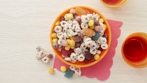 Cheerios snack mix recipes bettycrocker trolls rainbow cereal snack mix ccuart Gallery