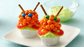 Awesome Alien Cupcakes