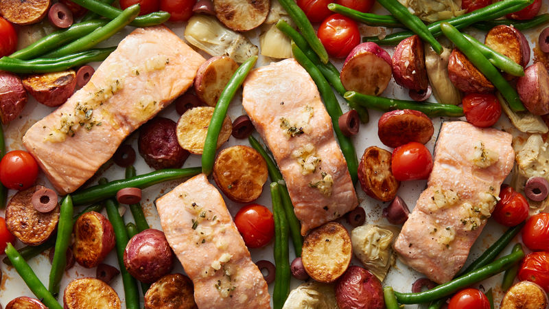 Sheet-Pan Salmon Niçoise