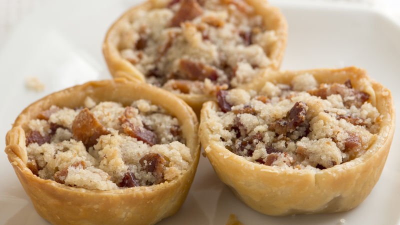 Have extra pie crust? There will probably be a little leftover. Roll it out and use mini pie cutters to cut pieces. Then place them on top of the mini pies before baking. Pears can be used in place of apples.5/5(8).