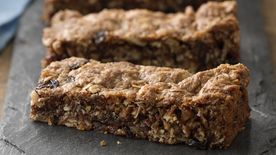 Chewy Ginger Date Granola Bars