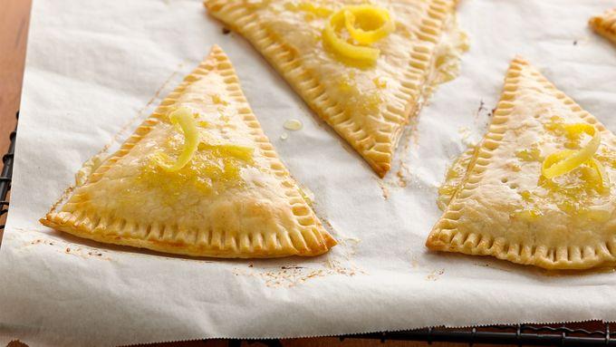 Very Vanilla Lemon Tarts